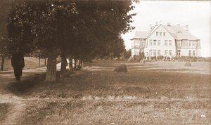 Вид дома, где размещалась интендантская часть этапно-хозяйственного отдела штаба XII армии.
