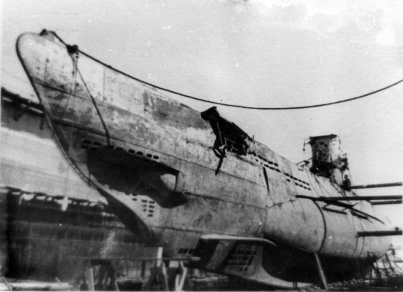 Немецкая подлодка u 9 в советском доке