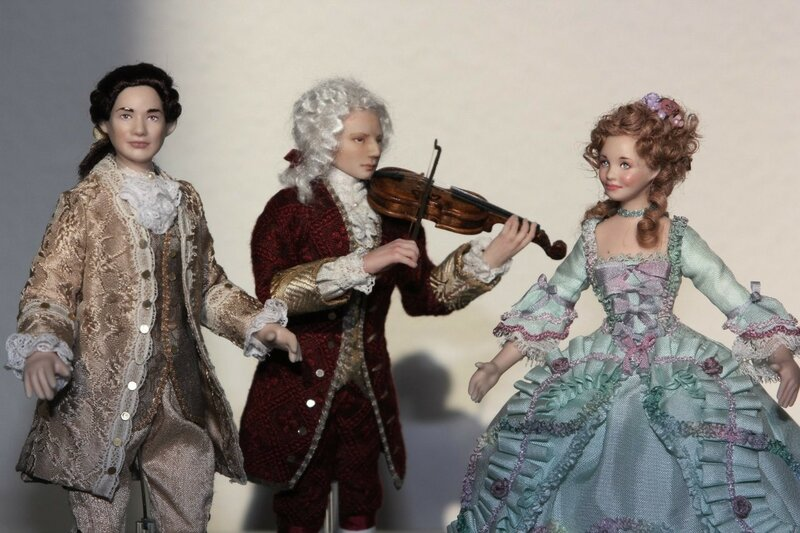 Куклы в костюмах 18 века