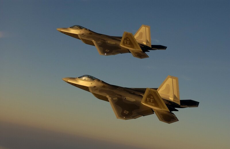 F-22 - Golden Formation