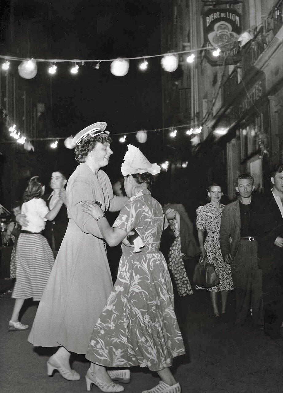 1949. День Бастилии на Рю Канет