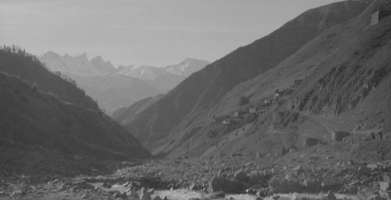 Горное ущелье в Дагестане