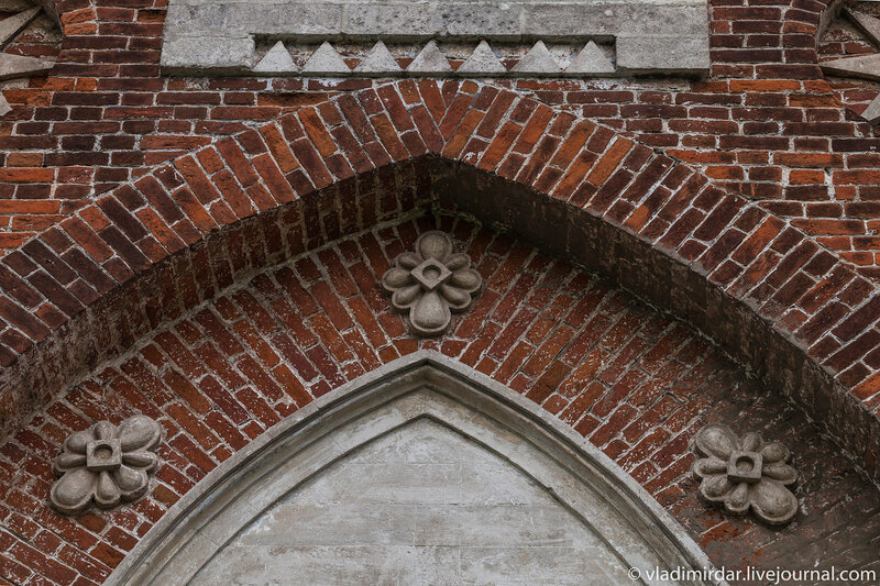 Архитектурные детали колокольни храма Преображения