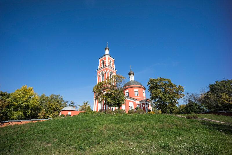 Петропавловская церковь в Петровском - тестовый кадр - фокусное 15 мм - Sony A7R - Sony 10-18