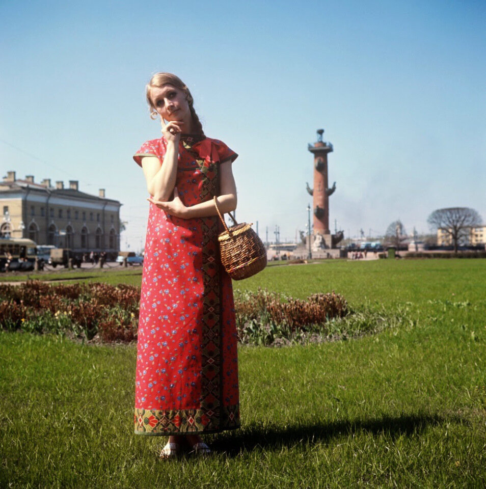 soviet-fashion-of-the-1960s-and-1970s-11.jpg