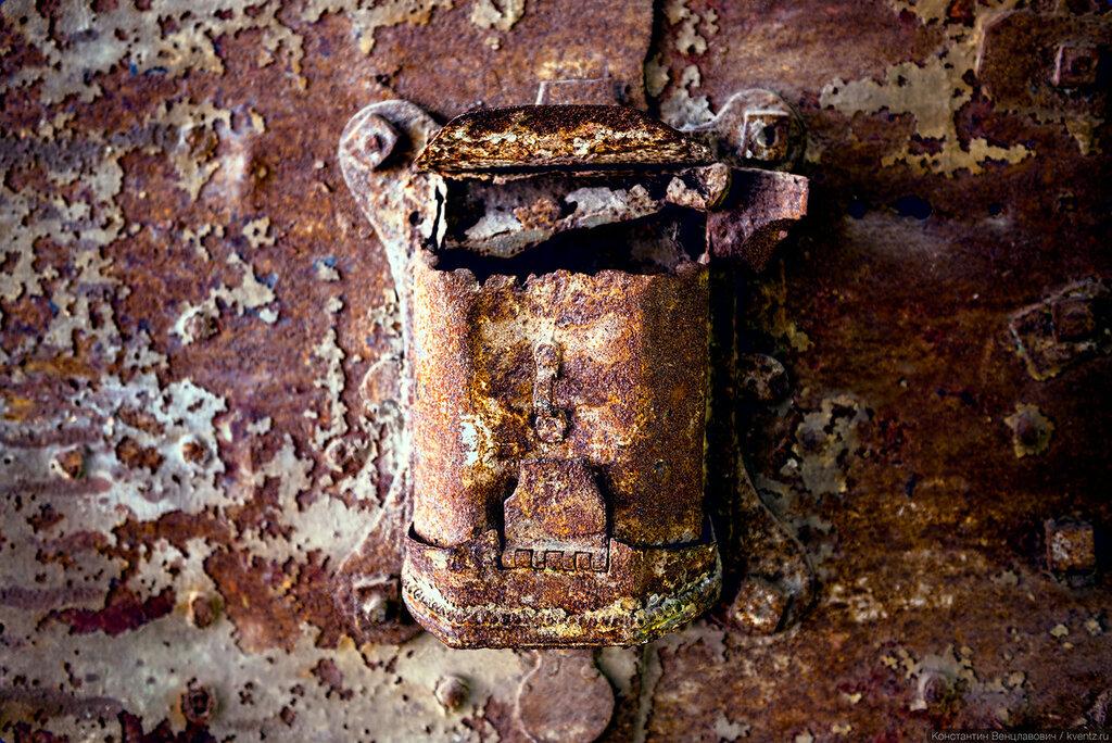 Почтовый ящик на воротах —экспонат музея архитектуры им. Щусева