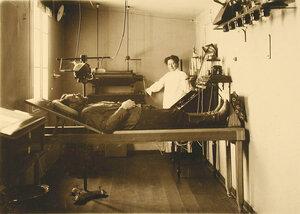Внутренний вид рентгеновского кабинета старого лазарета