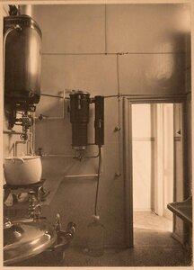 Вид части стерилизационной комнаты госпиталя.