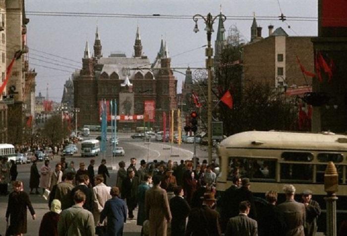 Улица Горького в Москве, 1966 года.