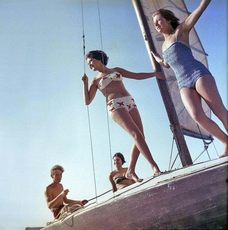 Прогулка на яхте, Московская область. 1963
