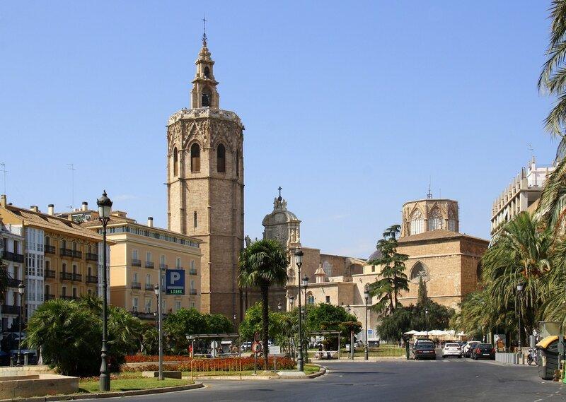 Площадь Кафедрального Собора Валенсии