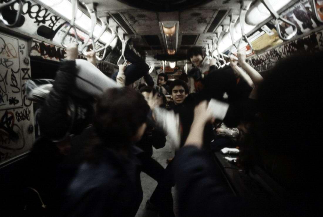 Американский фотограф Christopher Morris: Граффити и андеграунд нью-йоркского метро (10)