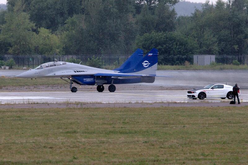 МиГ-29 и Додж
