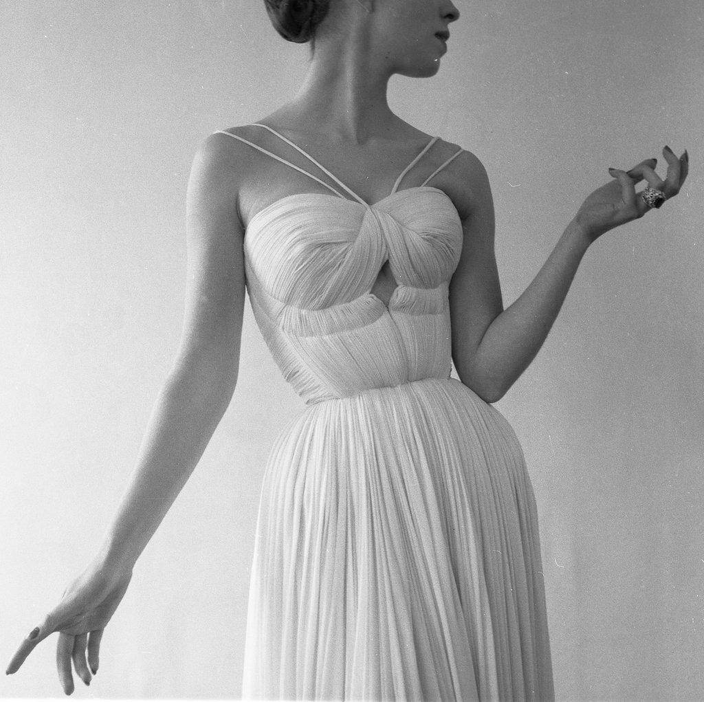1955. Пелерина для Грэйс