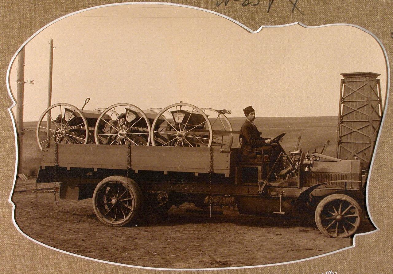 Вид грузового автомобиля с продукцией Мариинского машиностроительного завода