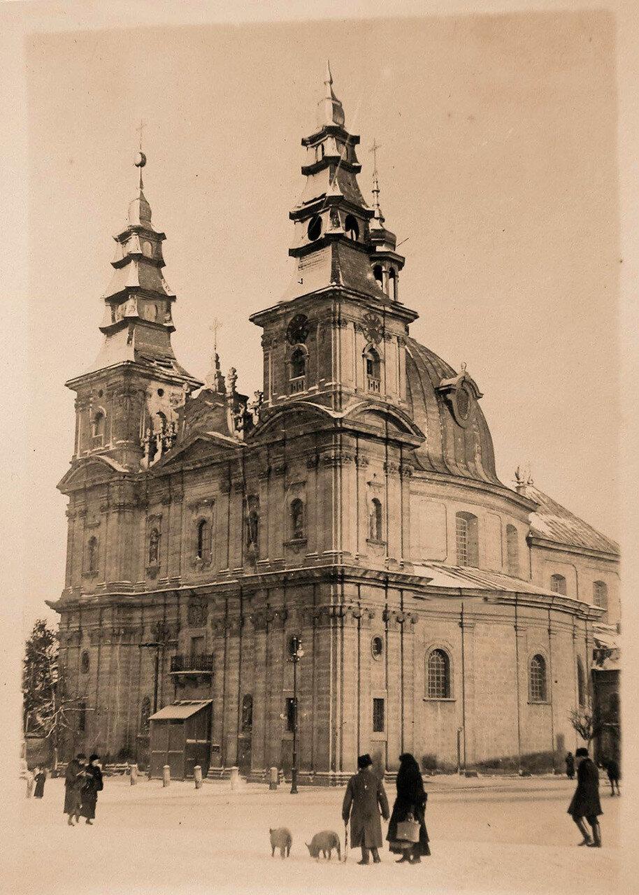 13. Вид доминиканского костела. Галиция, Тарнополь