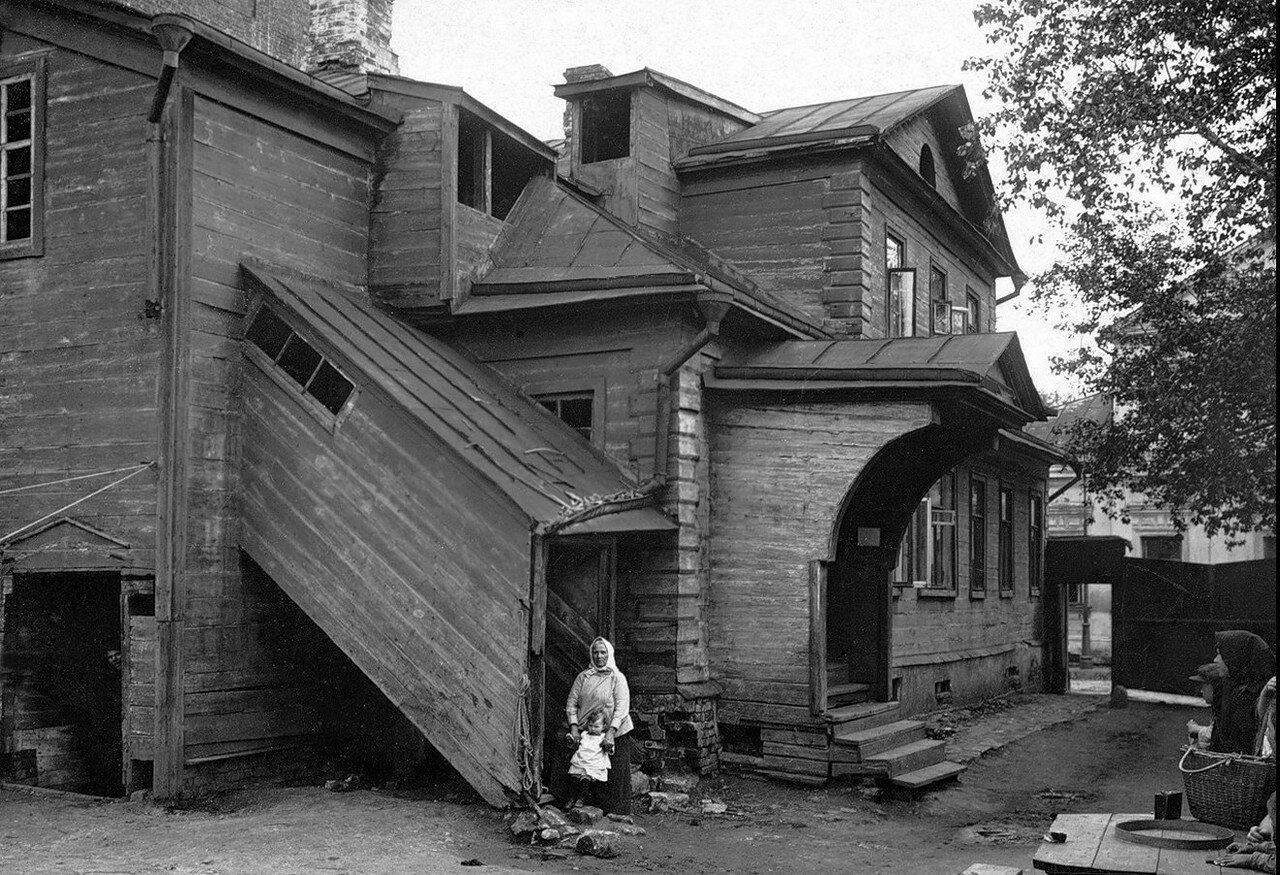 1920-е. Старый дом в Замоскворечье