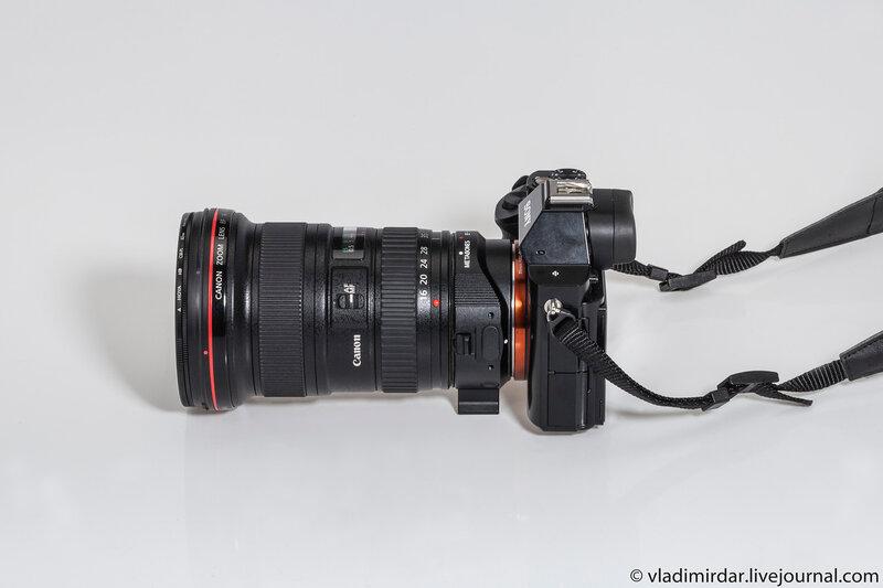 Полнокадровая компактная системная камера Sony Alpha A7R с объективом Canon EF 16-35 mm F/2.8 L II USM
