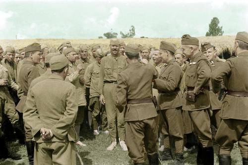 Hungarian soldiers with russian prisoners.jpg