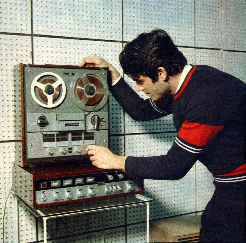 1975 квадрофонический магнитофон Юпитер Квадро созданный на базе стереофонического магнитофона Маяк-001.jpg