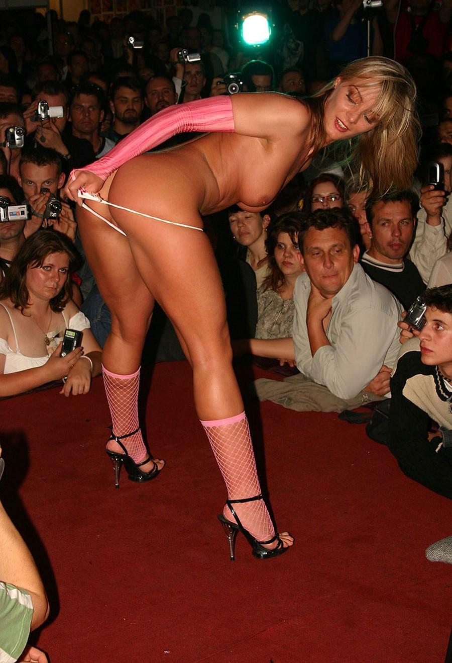 Эротические шоу от пентхаус смотреть онлайн бесплатно 22 фотография