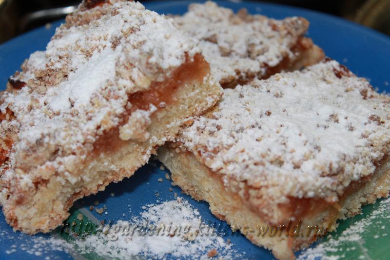 Творожный пирог с яблоками со штрейзелем
