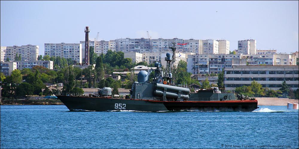 http://img-fotki.yandex.ru/get/6841/225452242.28/0_138477_8ada6620_orig