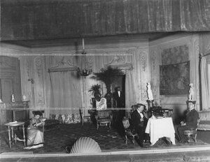 Сцена из спектакля театра.