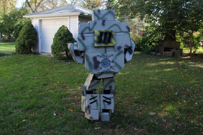 Костюм робота своим ируками