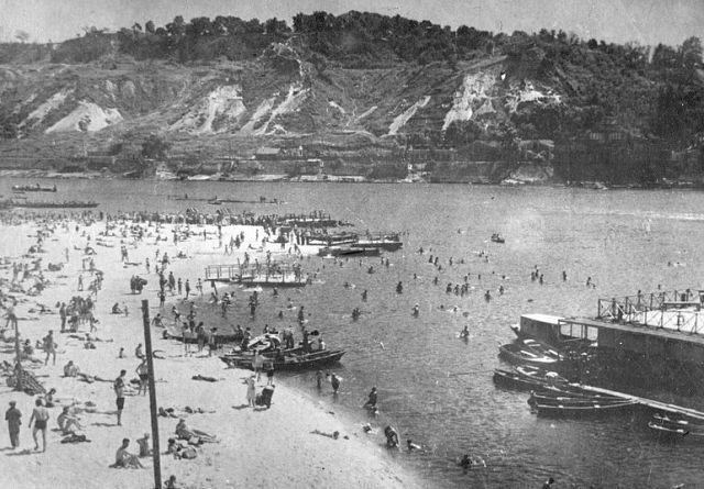 1939 год. Пляж на Трухановом острове.