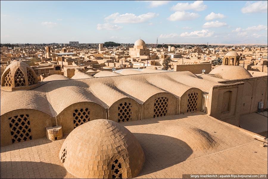 Желтые крыши Йазда