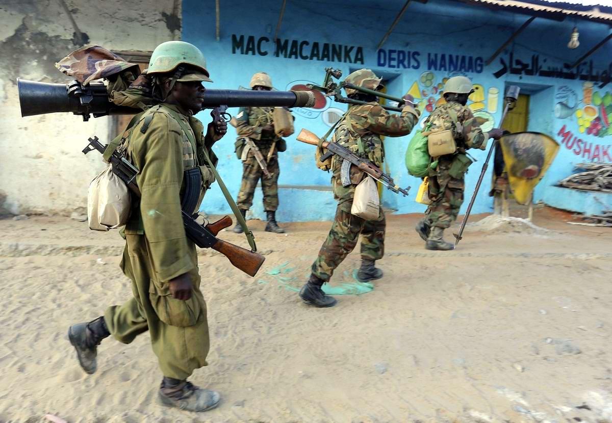 Бравые африканские воины на сомалийской земле
