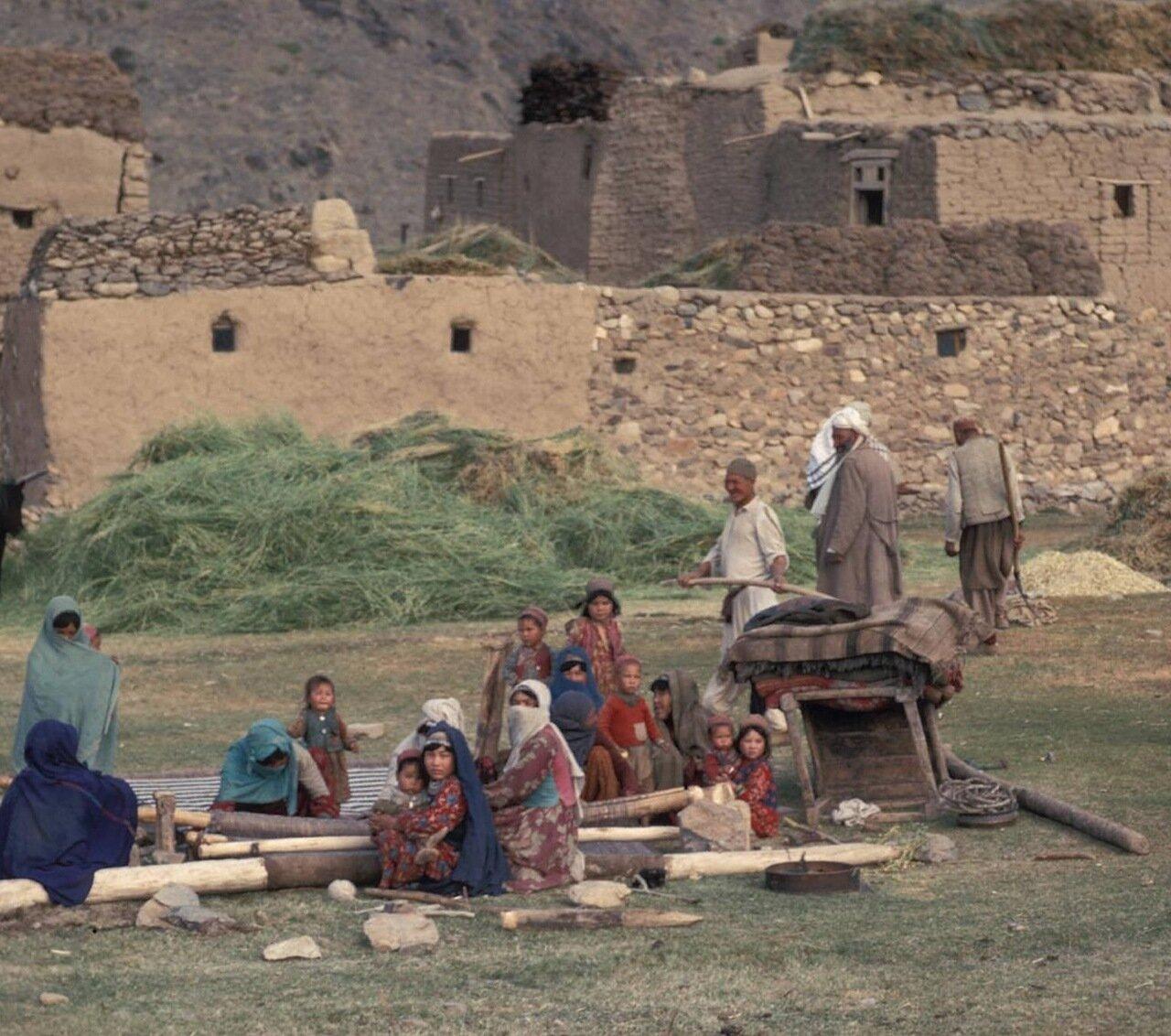 Семья в горах Гиндукуша