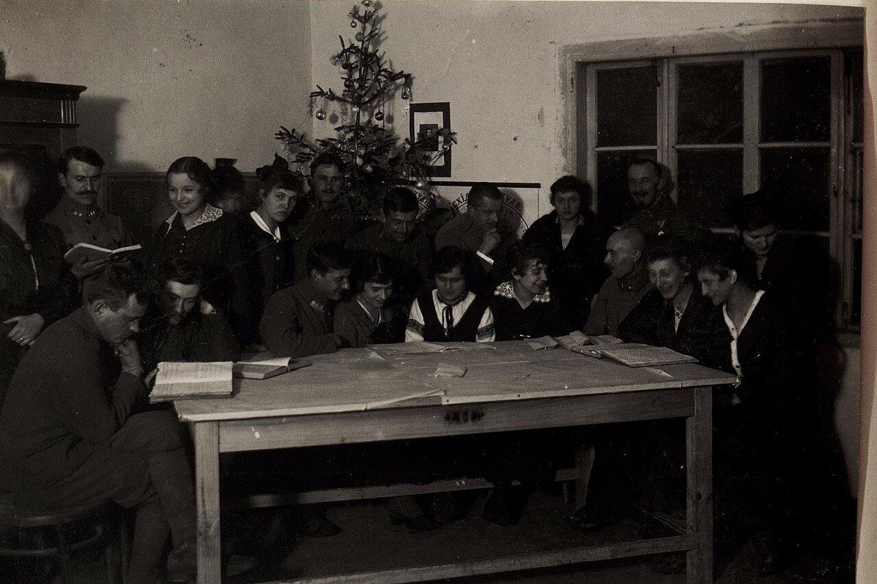 Устилуг (Волынская губерния). Преподавательский состав украинской школы