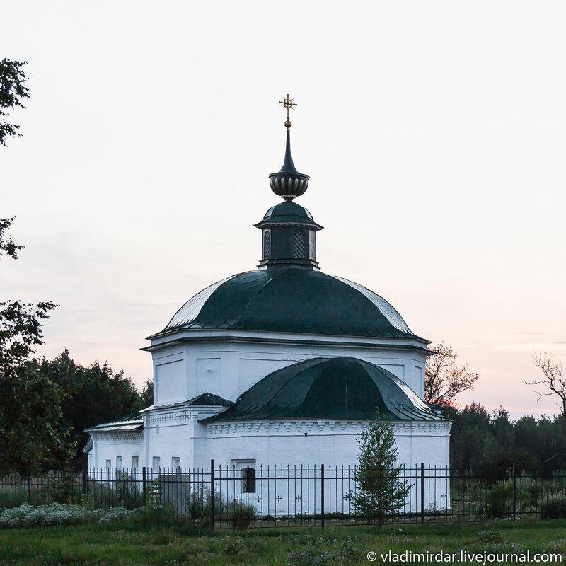 Пятницкая церковь в Суздале