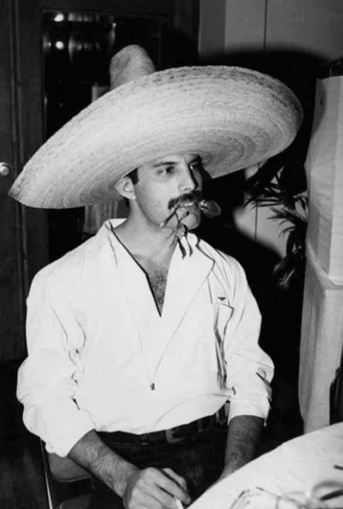 Freddie Mercury ,Puebla ,1981.jpg
