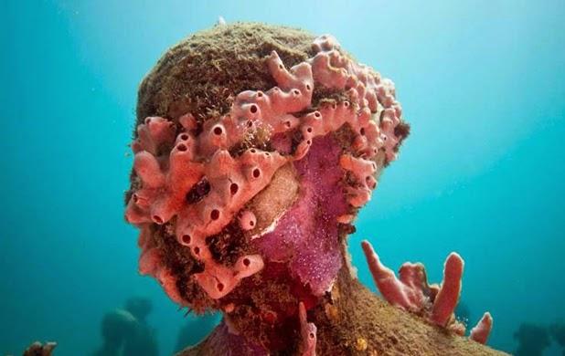 Underwater sculpture, Jason Decaires Taylor_1280.jpg