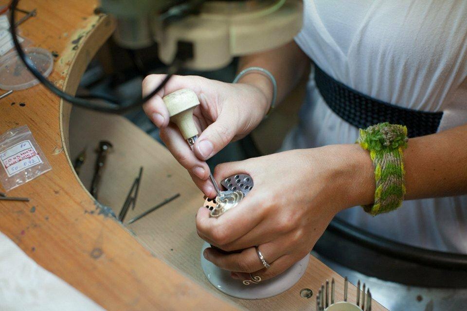 фото как начинают делать ювелирное украшение вышеперечисленных занятий, агой