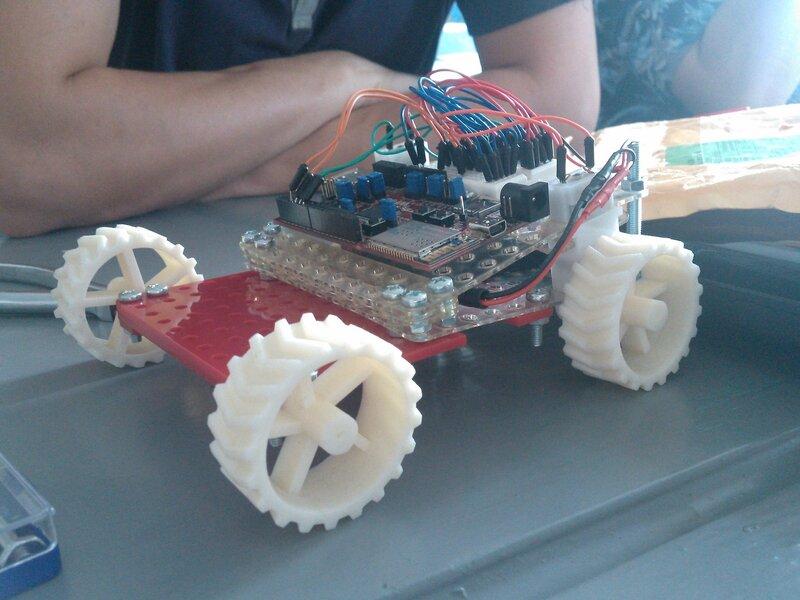 Школа роботы ДОСААФ-занятие5-собираем модель-35.jpg