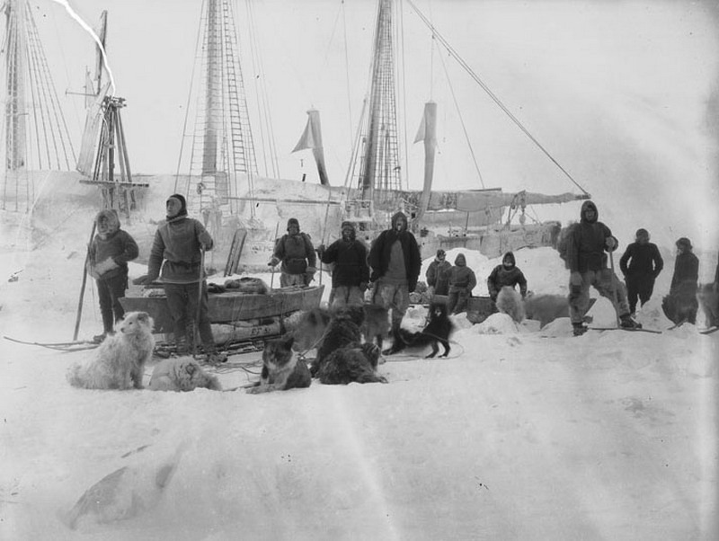 Fram_Expedition1_Nansen-Johansen_1895-03-14_resize.jpg