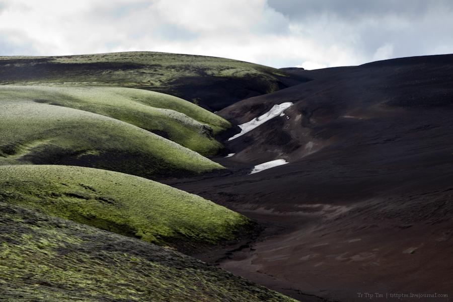 18. Чёрные берега Рейнисфьяра и кратеры вулкана Лаки.
