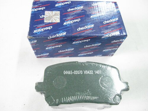 Колодки тормозные пер Toyota Avensis Verso-Ipsum-Picnic 01-09/Noah-Voxy 01-07/Voltz-Matrix-Viabe 02-08/Estima