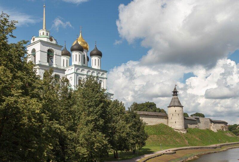 Кром и Троицкий собор, Псков