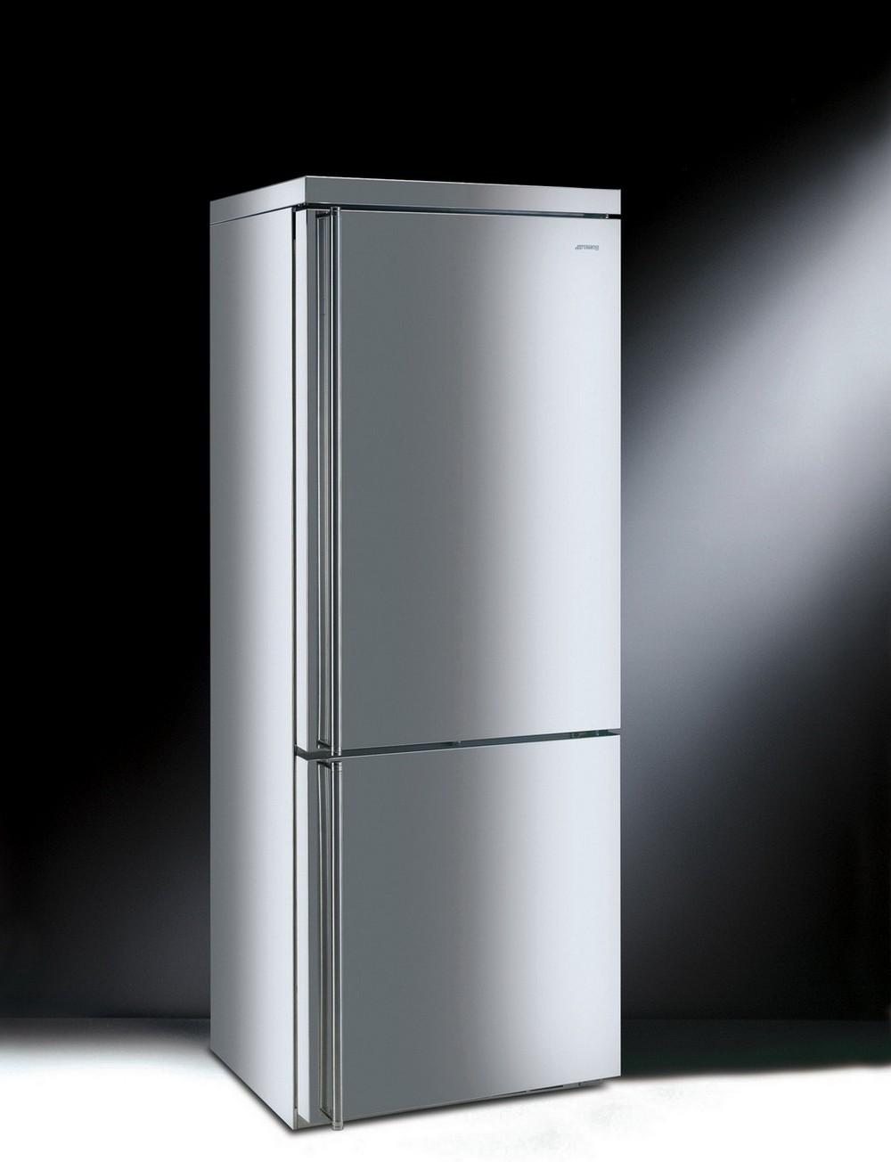 Холодильник из нержавеющей стали Smeg в Краснодаре