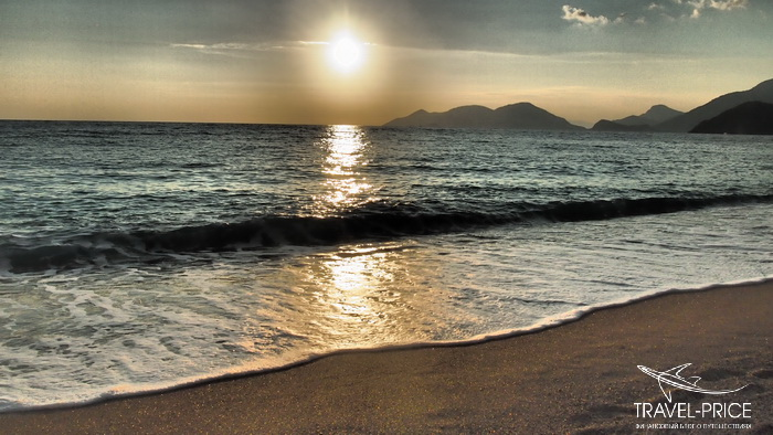 Закат на пляже Кидрак