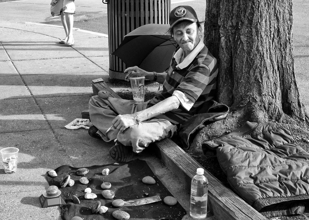 Неулыбчивая Америка: Черно-белая жизнь в бедных кварталах современного Балтимора (38)