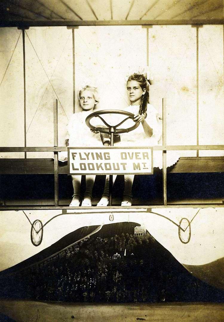 Художественные фоны для фотографий авиационной и воздухоплавательной тематики (28)