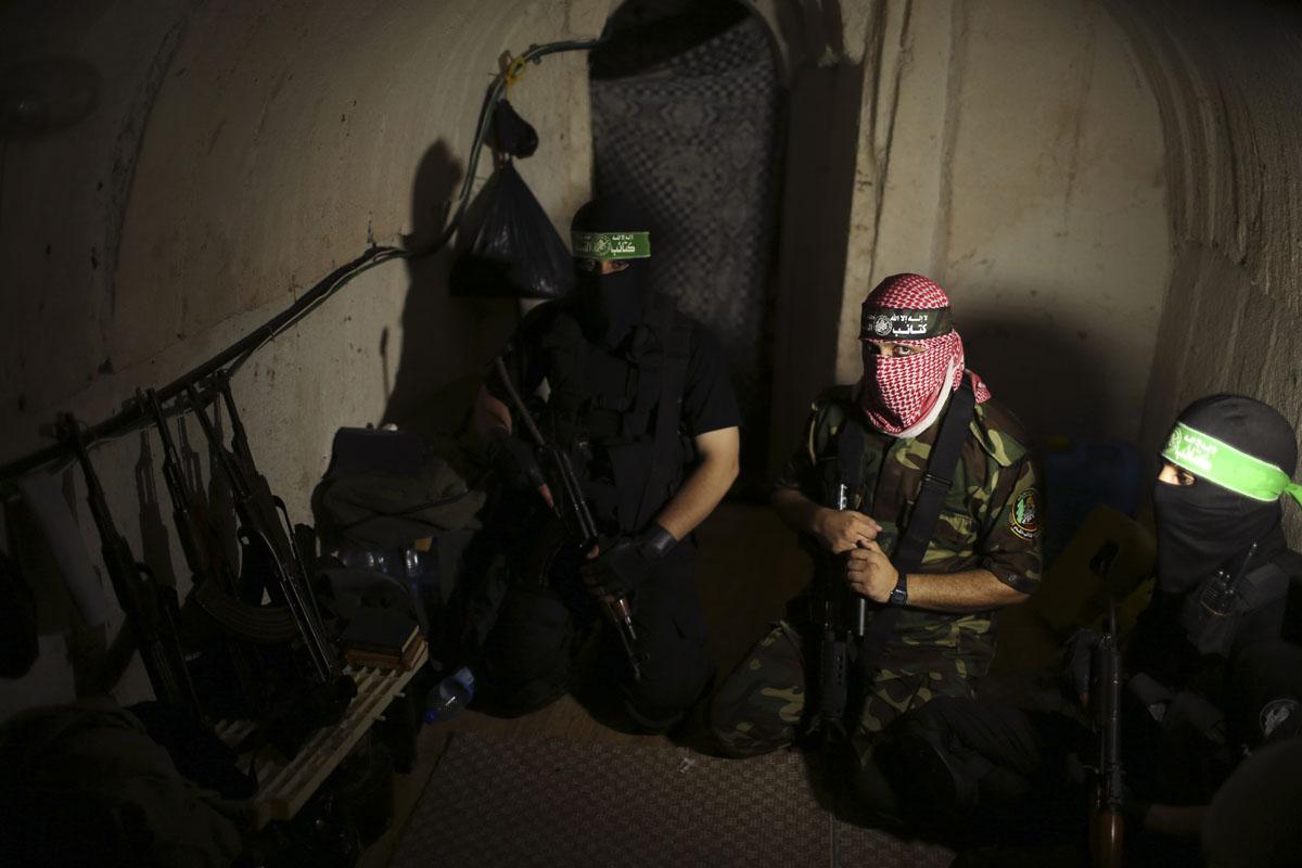 Внутри подземных тоннелей палестинского движения ХАМАС в секторе Газа (1)
