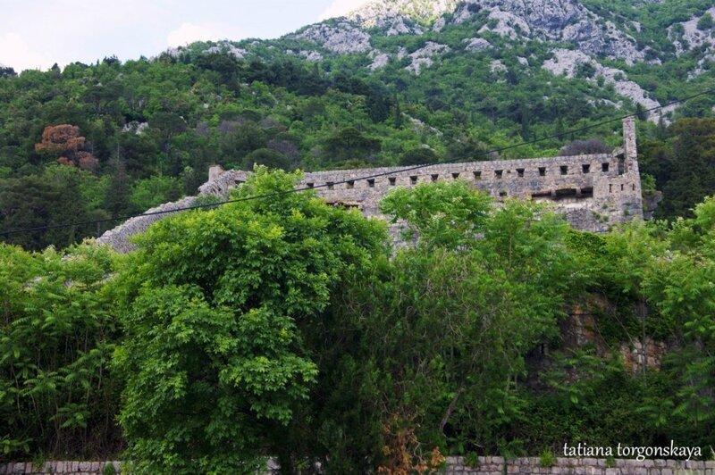 Руины крепости Св. Креста