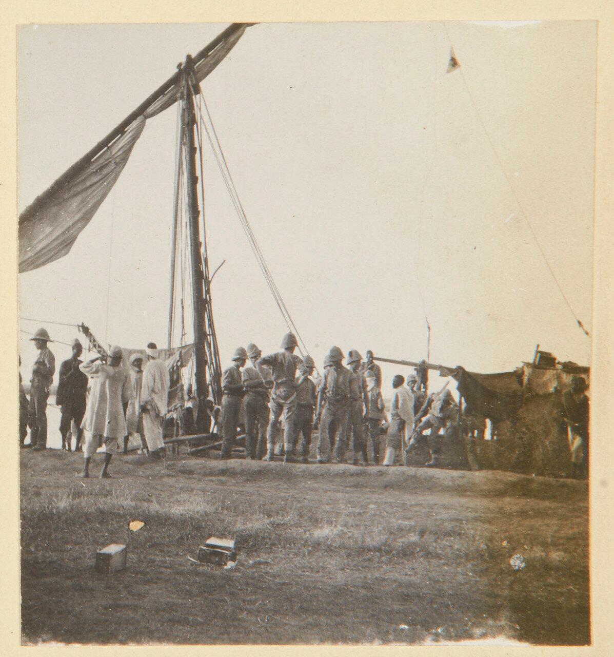 Погрузка.  Сентябрь 1898